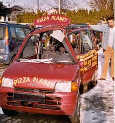 """Pizza Planet trauert um seinen treuen Mitarbeiter """"RT-PP-880"""""""